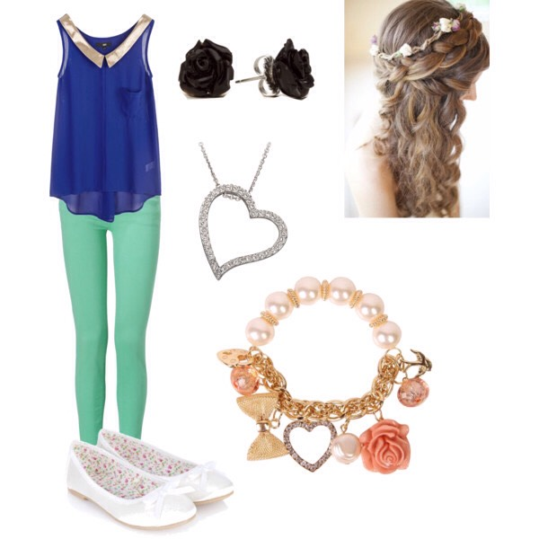 That sweetheart look is perfect for hanging out during school