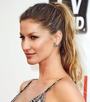 How to make a simple everyday ponytail