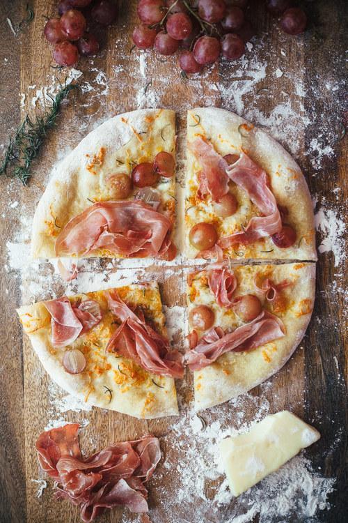15. Prosciutto and Grape Pizza