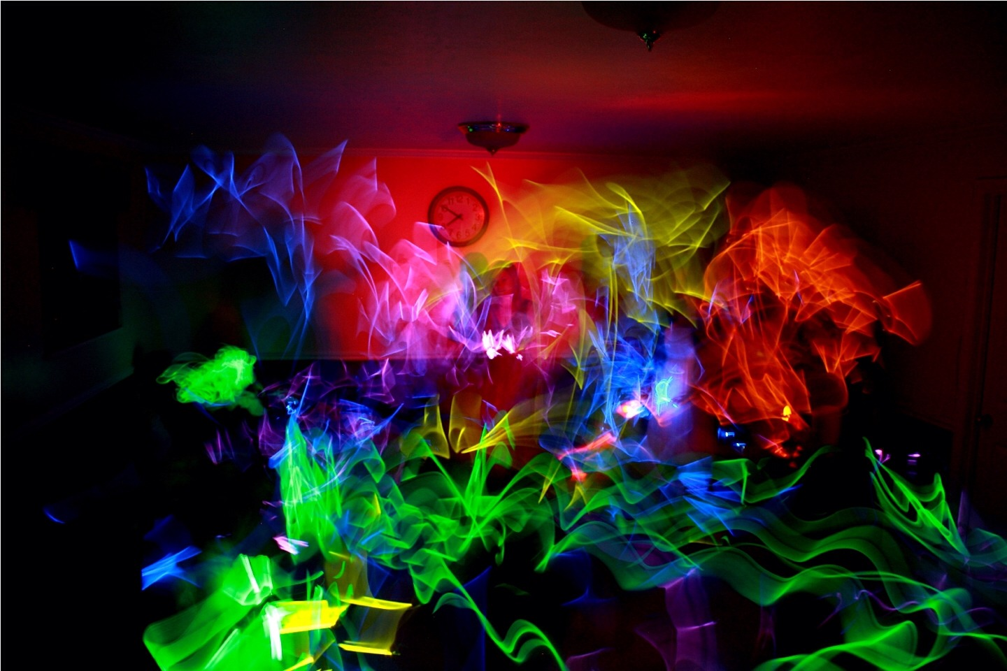 Glow party: This would be awesome. Turn the lights off and give everyone a glow stick. And hang crazy blinking lights everywhere! 🙎