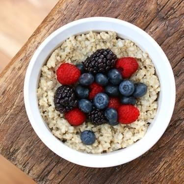 Eat oatmeal for breakfast. Balanced, slow-digesting diet provides a sustained flow of glucose to the brain. Or in simple terms, it's good for your brain!