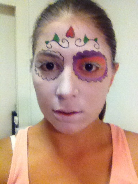 Color in the eyes with purple, orange and yellow eyeshadow