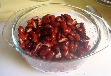 Beans  Why They're Important: Beans are a great source of protein, which is needed for muscle growth and energy.