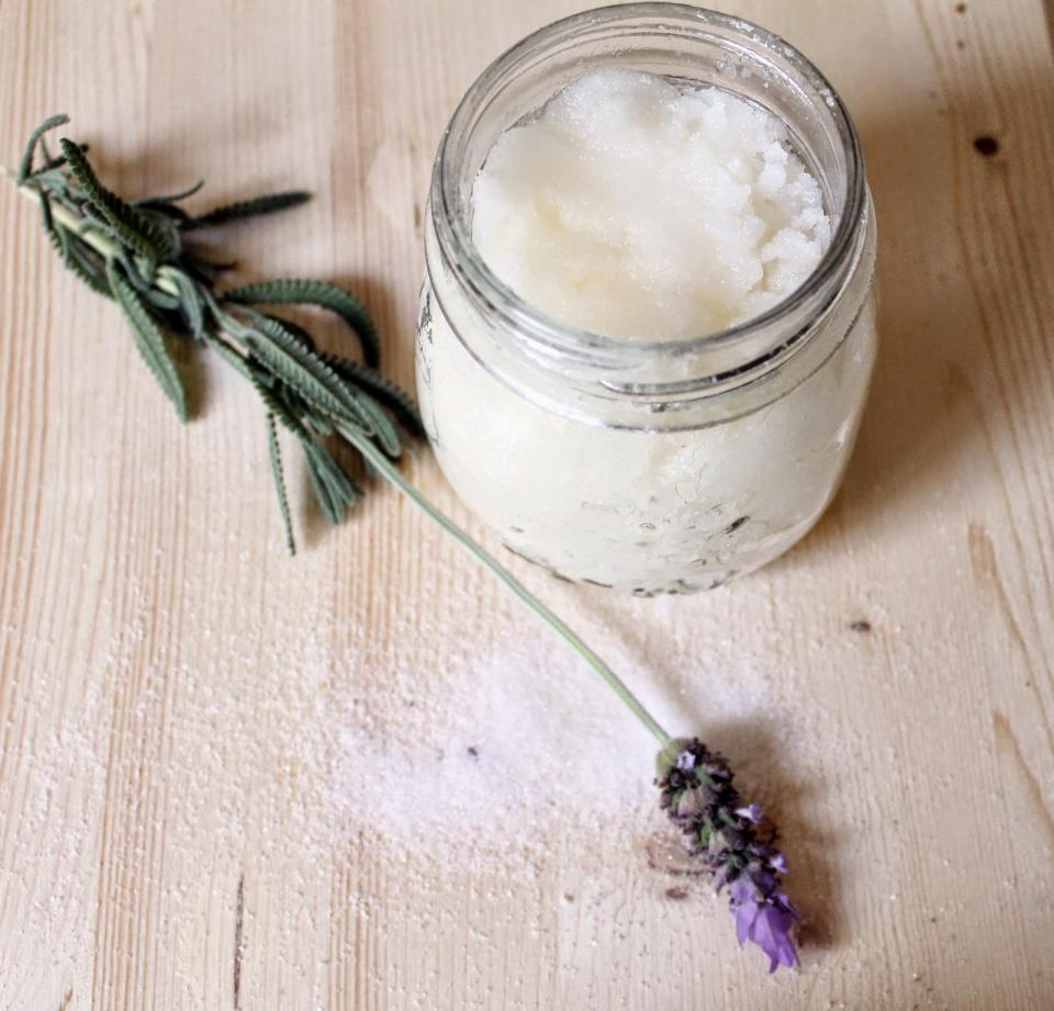 For more on this recipe, you can also visit http://www.themanicurator.blogspot.com/2014/07/diy-coconut-and-lavender-exfoliating.html