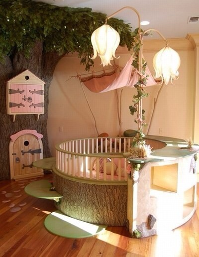 Woodland Fairy Room  I can only imagine what it would be like to wake up to this every morning.