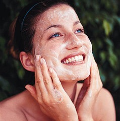 First you scrub a a little bit of Olay face scrub on your face. You can use a face towel, cotton or cotton pads to do this but if you want you can use your fingertips if you want to. Make sure your face is damp before you use it. Then you rinse it off thoroughly with warm water and gently pay dry.