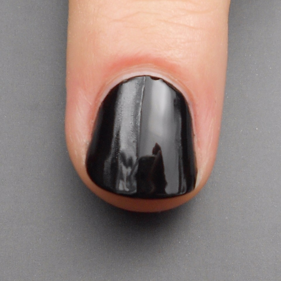 Step 1:  Paint your nail with your favourite black nail polish. I chose two coats of Nails Inc Black Taxi.