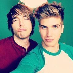 Shoey😍 I know it's supposed to be Youtubers which they are but it's a SHIP which is a relationship kind of! But there hillarious😂😂