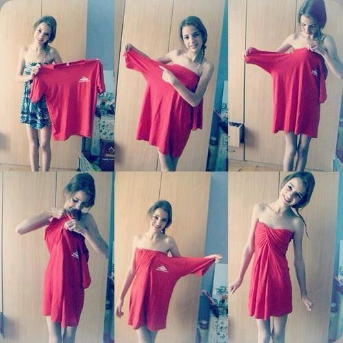 Turn a oversized t-shirt into a cute dress by following the steps above! 👆👗