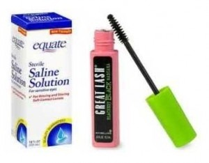 Use salon solution to help dried out mascara