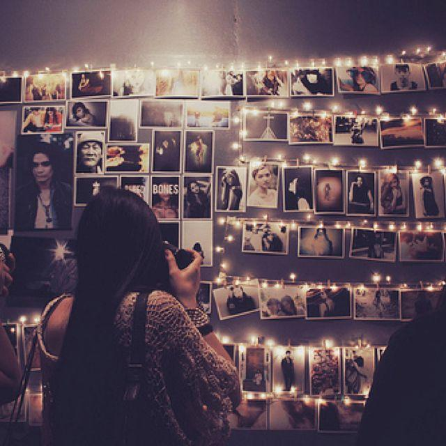 Hang Some Fairy Lights Along Your Bedroom Wall Then Just Peg You Pictures  Onto Them