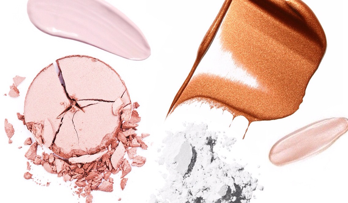 There are many factors to consider when choosing a highlighter including your skin type, skin tone + the finish you're trying to achieve. We'veenlisted the help of professional makeup artistsTobi Henney, Eloise Proust + Sheri Vegasto give us the best advice on how to choose the right highlighter.