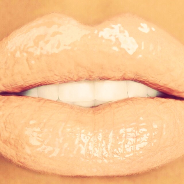 If you want nude lips but don't have nude lipstick no need to worry!!