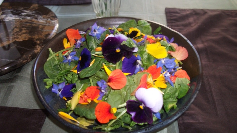 Garnish salads