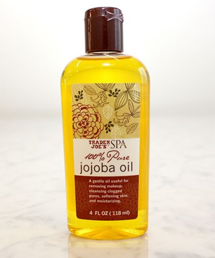 Step 2:  Add 2 tablespoons of Jojoba oil  Jojoba oil is a fattyacidcompound, similar to sebum,that can moisturize the scalp. Thispreventshair loss & helpshair cellsreproduce at a fasterrate