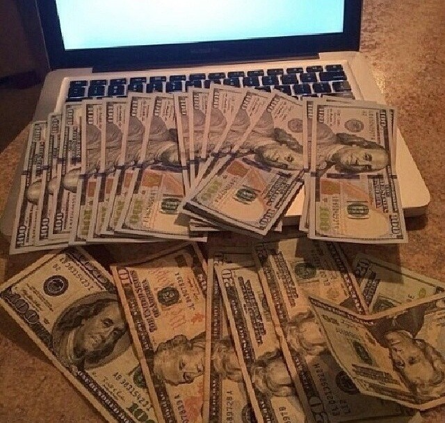 Tiered of working for your 9-5 job thats keeping you broke? Find out how you can make 100% commissions of residual income from working online  Www.YoungWealthCreator.com
