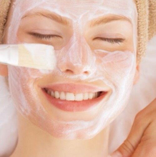 5. Instead of using Bioré strips, make a baking soda mask: Add enough water to baking soda to make the mixture creamy, leave it on until it dries, then wipe it off with a damp wash cloth, and moisturize after. Great for getting rid of blackheads!