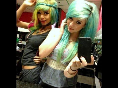 Dye each other's hair 🙈💆🙎