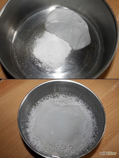 Mix them together. At first it'll bubble from all the citric acid. Keep mixing until it's a paste. If it's too watery. Add some more baking soda.😊