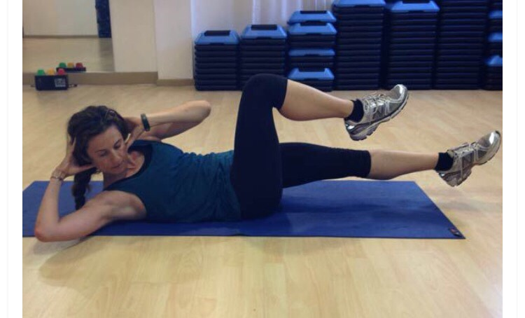 30 bicycle crunches
