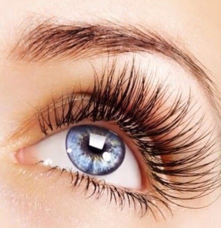 Want long amazing eyelashes naturally well you've come to the right place!                         (DIY LONG LASHES)
