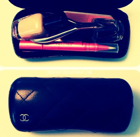 Use a sunglasses case as a manicure kit 💅