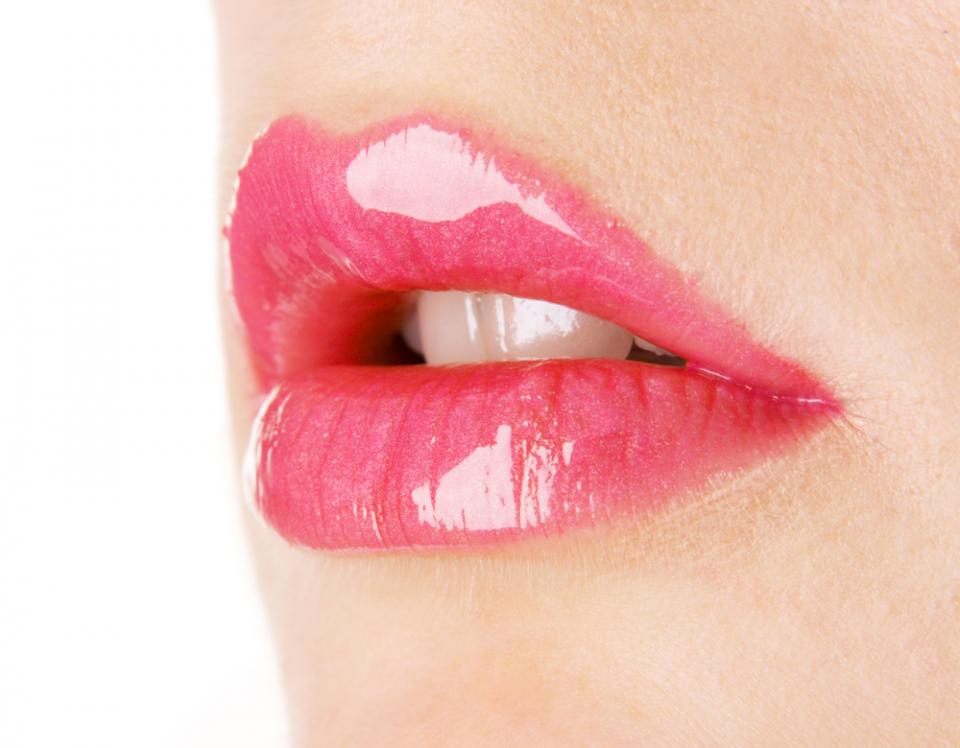 Get pouty lips with Lip plumper without any side effects.....  Read More at http://www.consumerhealthdigest.com/lip-plumper-reviews/