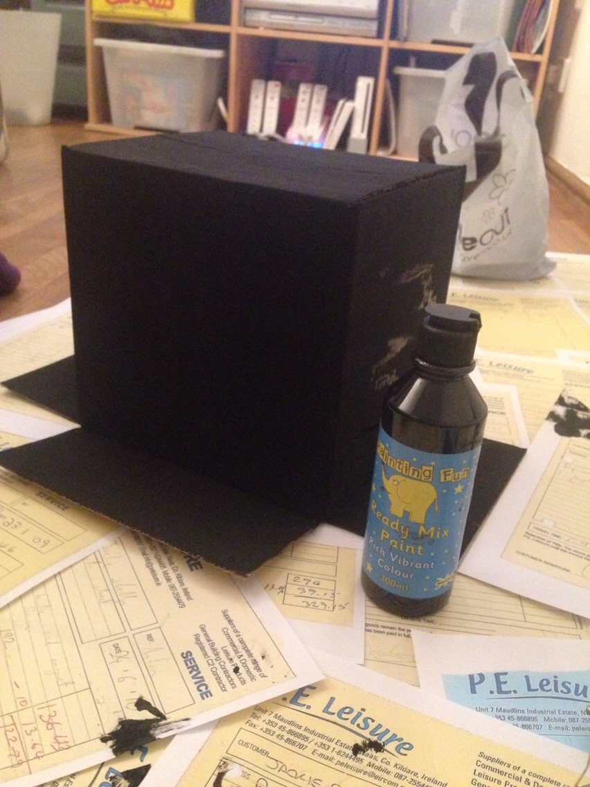 Paint your box black, or any colour of your choice. Try to use acrylic paint and not water colours