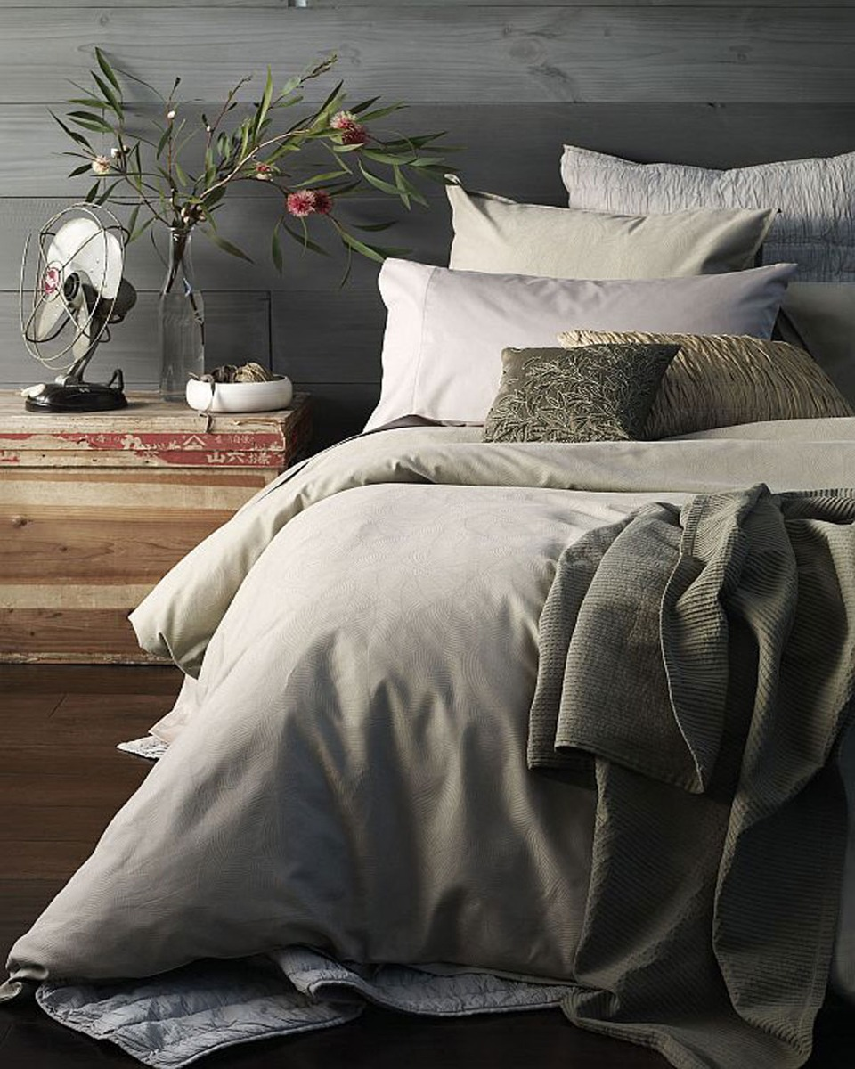 3.Make sure your pillows and mattress are comfortable