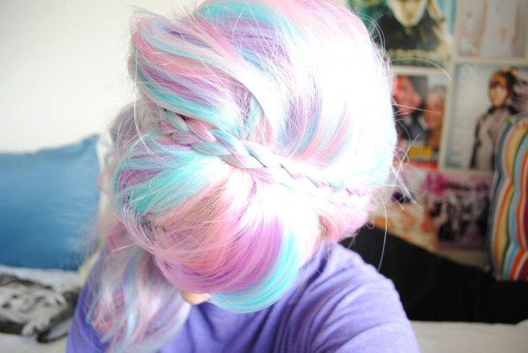 24. Alternative Pastel Rainbow Dyed Hairstyle