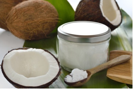 It's a bit of an unusual practice…swishing a spoonful of oil around your mouth for 20 minutes in an effort to promote oral and overall heath. It's called oil pulling. And while it may sound strange to some, this ancient Ayurvedic technique is making a big comeback.