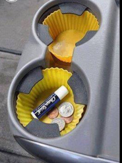 Use cupcake liner in cupholder to have everything visible and in reach👍