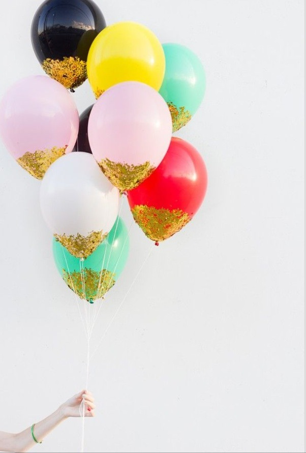 Sparkle/ confetti dipped balloons!