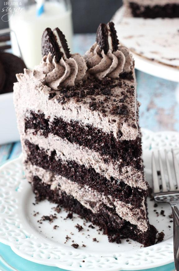 NOTE: You'll need at least one full package of Oreos. If you plan to decorate the outside of the cake with more Oreos and crumbs, as shown, you might need a second package.