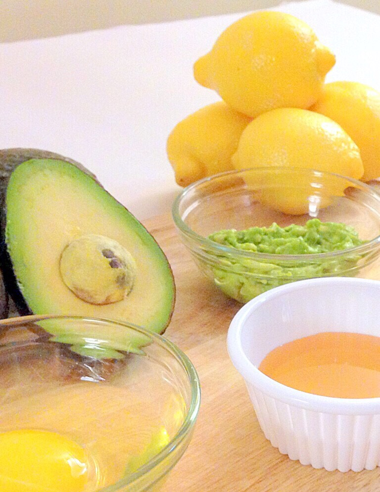 You will need  Avocado  Egg whites  Egg yolks  Lemons  Then mix all the ingredients together