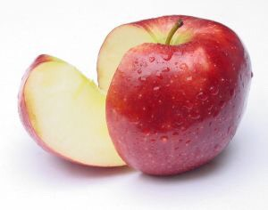 Apple makes the skin moisture that brings the skin looks more vibrant. Moreover, apple can lose weight, burn fat, and control Cholesterol in our bodies, and help the digestive system works well.