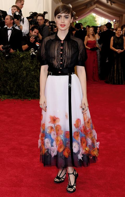 Use these colors to create a relaxed and calm look, like Lily Collins did with her Chanel skirt at the 2015 Met Gala.