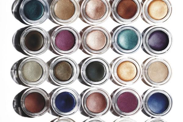 diy cream eyeshadow moisturizer plus eyeshadow equals cream eyeshadow