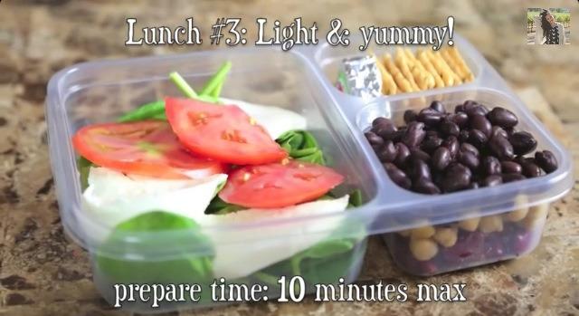 🍎 Light & Yummy .   You need : 🍓 Mozzarella cheese  🍓 Spinach  🍓 Tomato