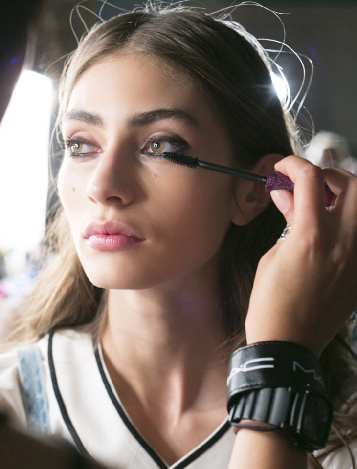 With makeup getting smarter by the day, it's no surprise that the tips and tricks for the best ways to apply it are, too. We asked Chicago makeup artist Krystyn Johnson what mistakes she sees women making and exactly how to remedy them. Whether it involves bronzer, brows, or brushes