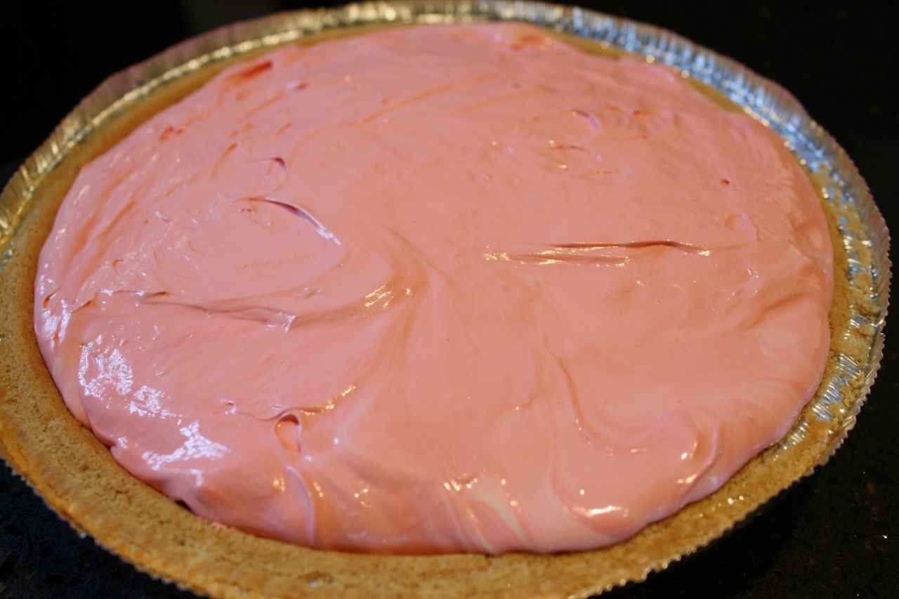 Your pie should look similar to this. Now cut serve and enjoy!!!