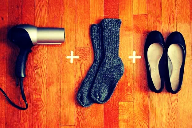 4. Hairdryer + Socks + Balle flats = an easier way to break into your flats🙈😍👠