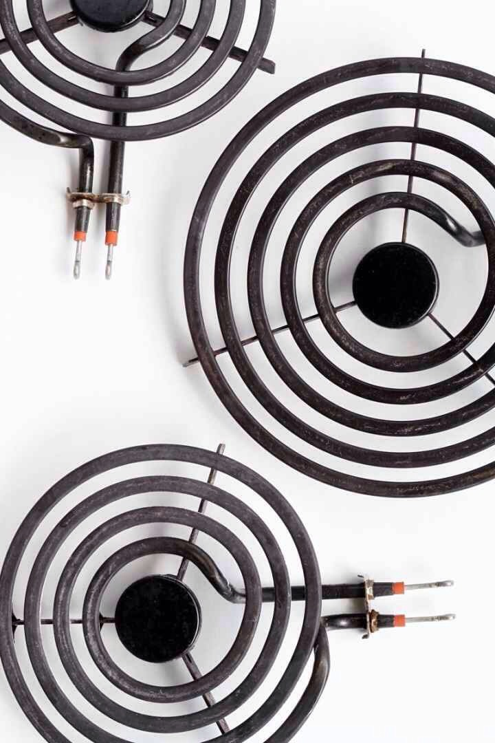 13.If you have electric stove burners, pull 'em off your stove and give them some elbow grease.  Here'show to do it correctly.