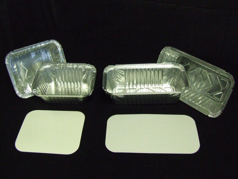 Line foil takeout containers with paper towel and add your bacon.