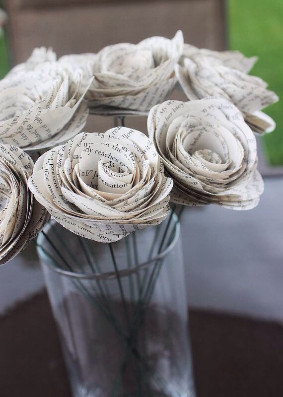 Paper craft is so easy. But can look so elegant.