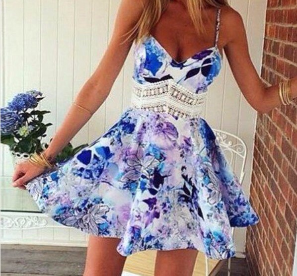 this cute dress could be worn at a evening party or just in the day for example a meet up with friends