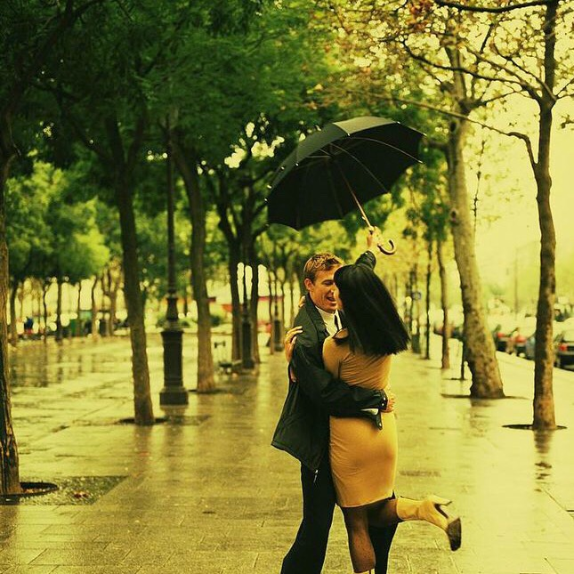 These activities show that Rainy days can actually be a great opportunity for a date (or even to do on your own 💕)