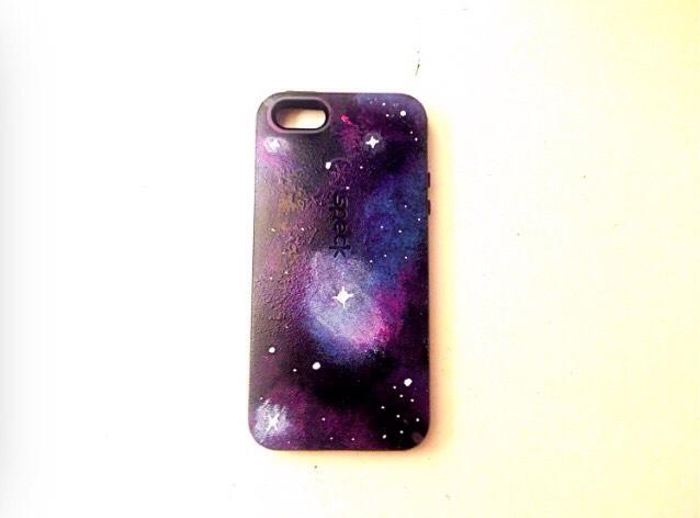 8. Galaxy paint phone case