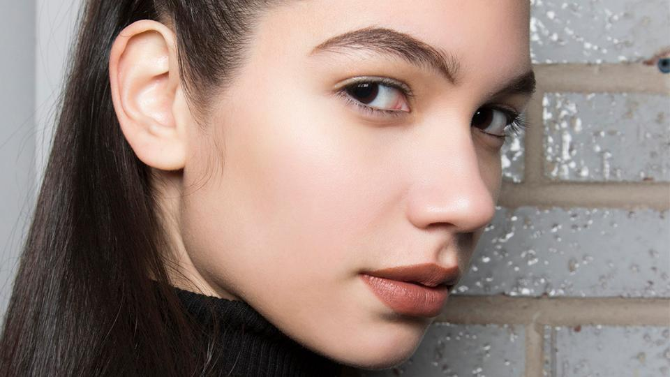 How To Trim Your Brows The Right Way By Sarah Healy Musely