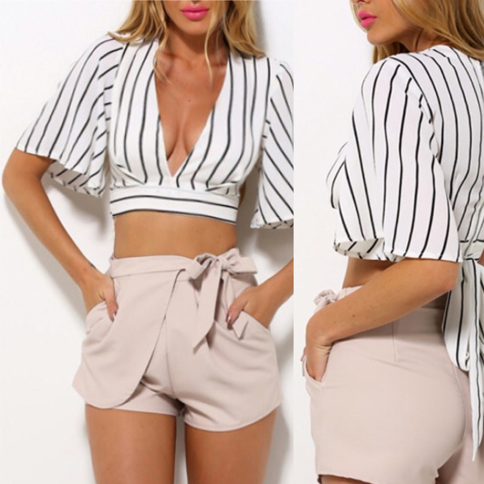$12.99 http://m.romwe.com/Deep-V-Neck-Vertical-Striped-Lace-Up-Crop-Shirt-p-150708-cat-670.html